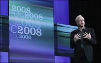 Un responsable de Microsoft, Ray Ozzie, presenta la plataforma Azure de programas en internet.