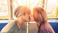 7 enfermedades transmitidas por besos