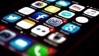Guerra abierta entre redes sociales