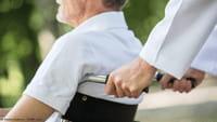 Un tetrapléjico recupera la movilidad del brazo