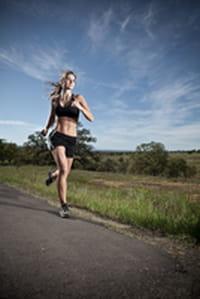 El ejercicio podría fomentar la presencia de una mayor variedad de microbios intestinales