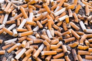 Fumar y aplastar la mañana después