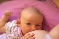 La leche fórmula en periodo de lactancia ayudaría a la madre a amamantar durante más tiempo