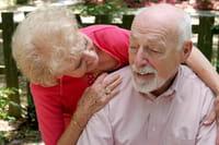 Criarse en las 'rodillas' de los abuelos 'endereza' el comportamiento