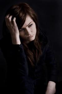 Estudio vincula la depresión posparto con la violencia doméstica