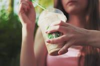 Se desaconseja tomar café para quitar la resaca
