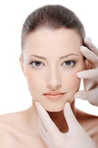 La rosácea podría estar causada por una bacteria presente en la cara