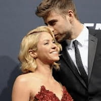 La cantante Shakira y el futbolista Gerard Piqué serán padres