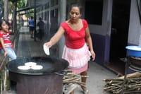 En Centroamérica, cocinar tortillas causa muerte prematura a miles de personas