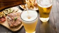 Cerveza reduce síntomas de la menopausia